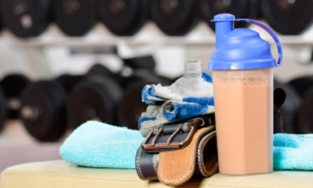 Benefits of drinking a protein shake after lifting & the effect on muscle growth