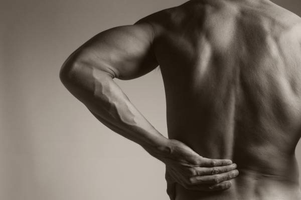 Why You Should Never Round Your Back When Lifting